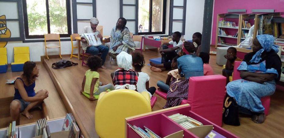 La médiathèque de l'Institut Français de Dakar